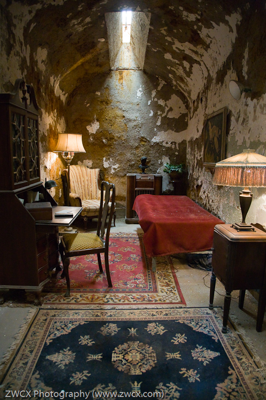Al Capone's Cell, Eastern State Penitentiary - Al Capon'es Cell in Eastern State Penitentiary, complete with the luxuries not usually available to prisioners
